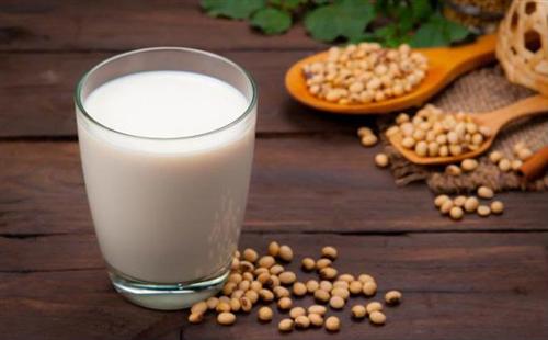 Tất tần tật cách uống và sử dụng sữa đậu nành để giảm cân, cải thiện làn da giúp phụ nữ sở hữu vẻ đẹp hoàn hảo
